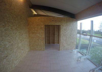 Cloison Cloisonnage Maxwood Luxembourg Specialiste Construction Bois Ossature Planche Maison Annexe Toiture Charpente Terrasse Bardage 5 400x284, MaxWood | Construction en bois